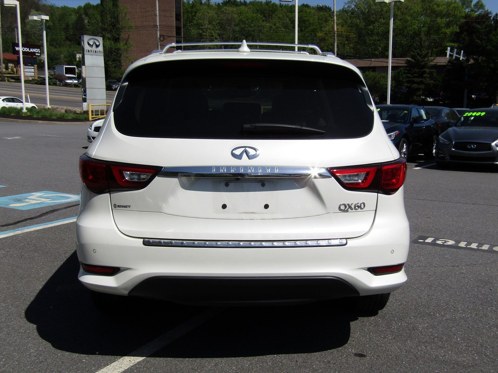Pre-Owned 2016 INFINITI QX60 4DR AWD