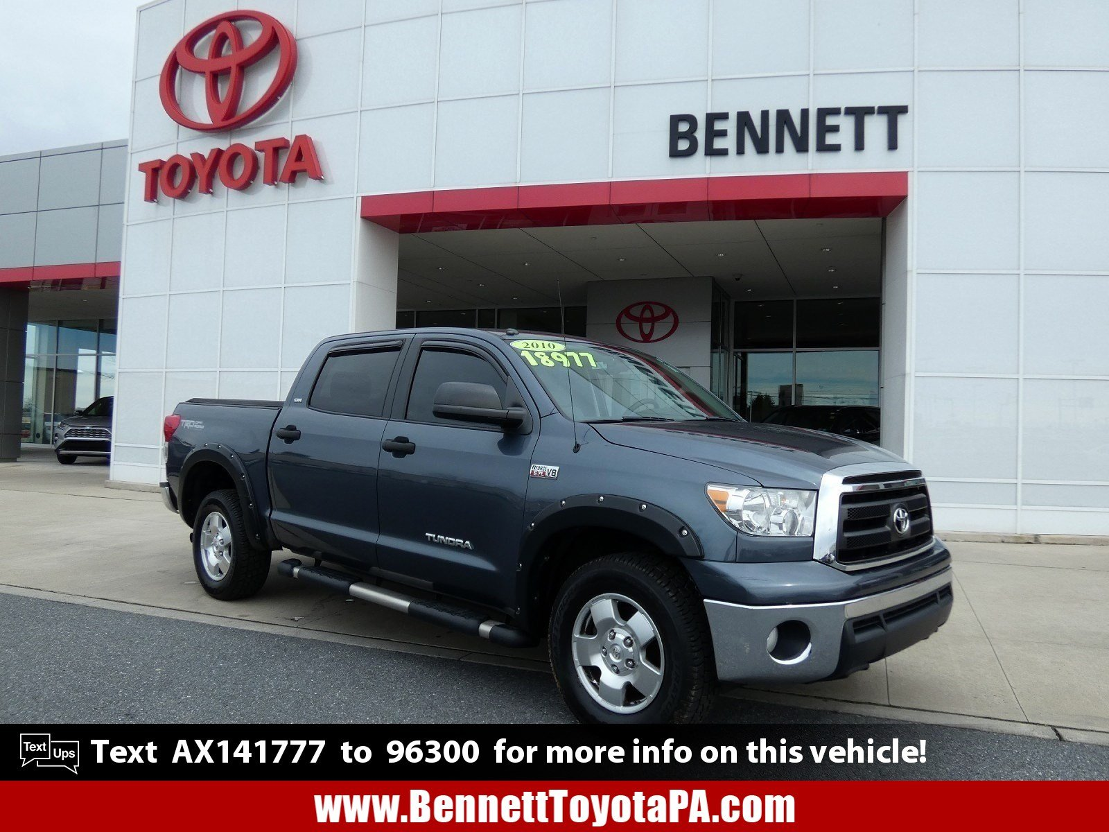 Pre-Owned 2010 Toyota Tundra 4WD Truck CREW 4WD V8 5.7 G