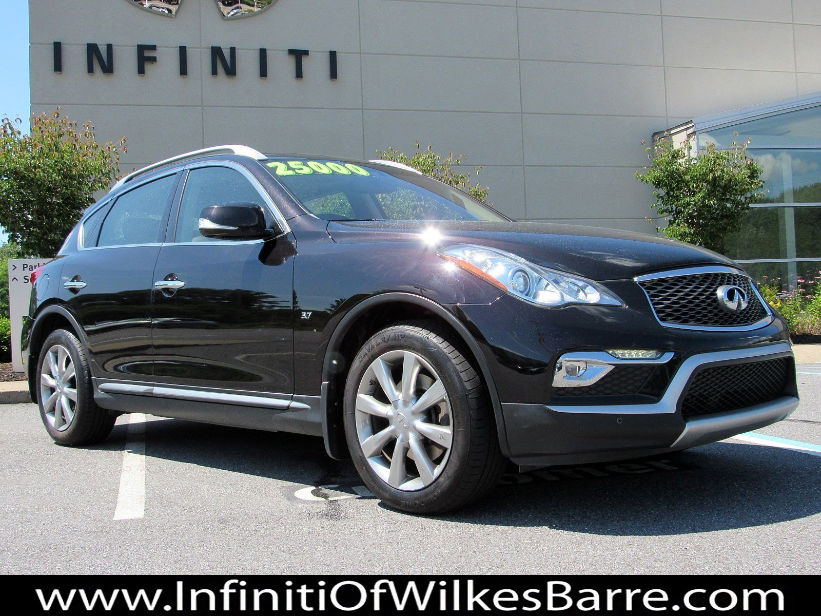 Certified Pre-Owned 2016 INFINITI QX50 AWD 4DR