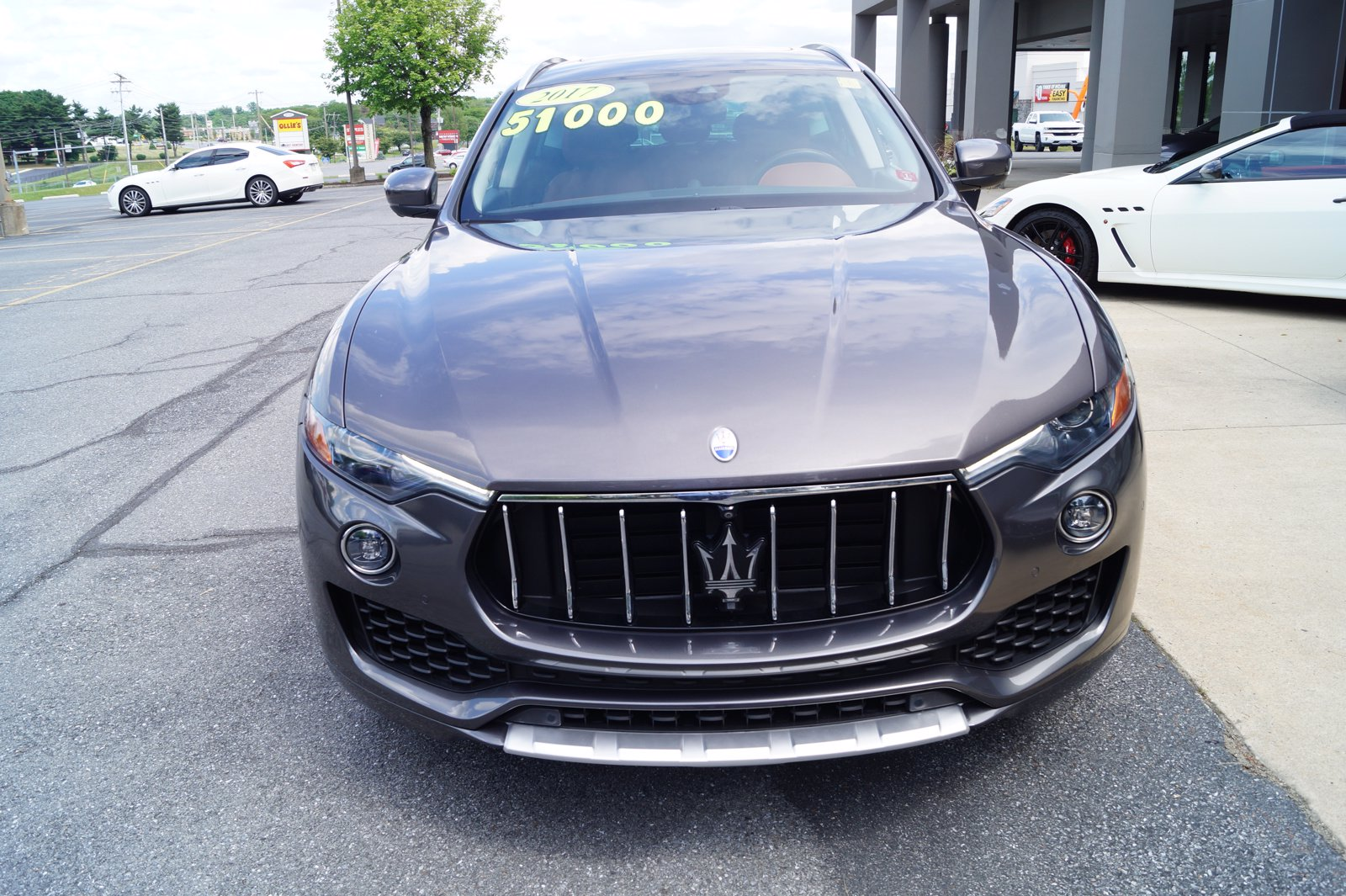 Certified Pre-Owned 2017 Maserati Levante Base